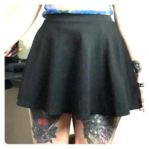 Ambiance Apparel basic black skater mini skirt M